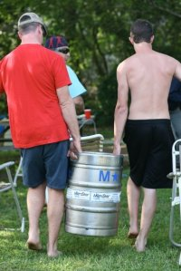 lugging_keg